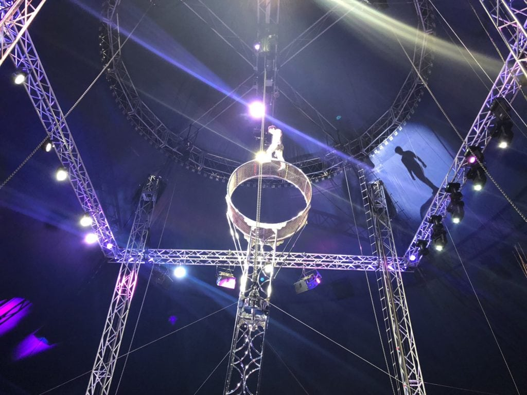death-defying stunts at Cirque Italia